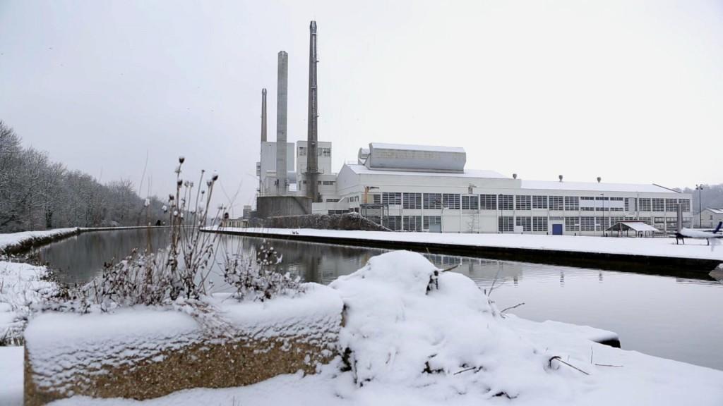usine sous la neige